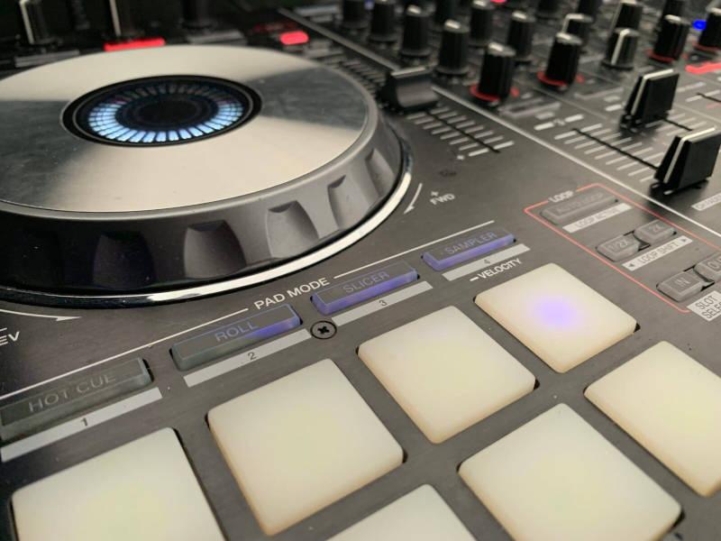 Childrens Entertainer DJ Setup